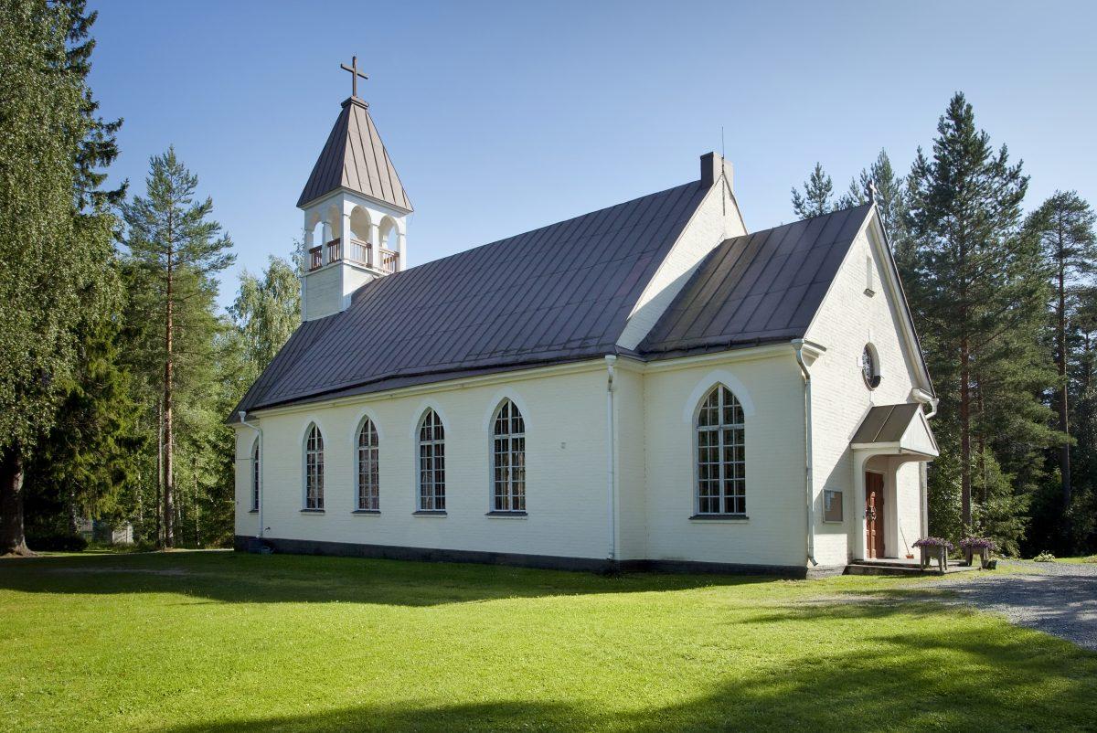 Finns kyrkan kvar när ljusen släcks?